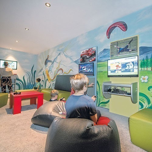 Familienhotel Huber, Teenagerraum, Konsolen, Game, zocken