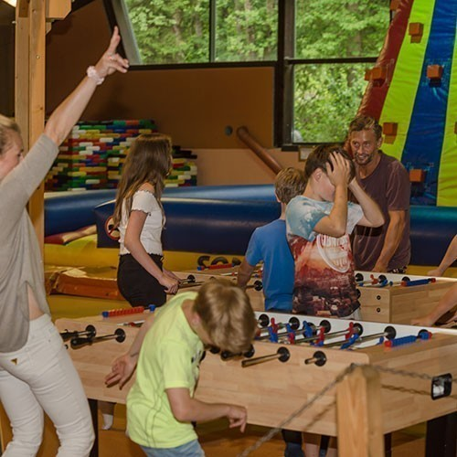 Familienhotel Sonngastein, Bad Gastein, Indoor Spielen Kids und Teenager