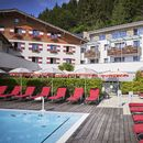 Outdoorpool im Amiamo Zell am See