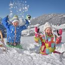 Familienhotel Galtenberg Family Wellness Resort, Kinder im Schnee, Winterurlaub in Tirol