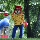 Familotel Bavaria, Clown Happy am Spielplatz, Familienhotel